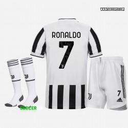 Juventus Home Uniform 2021 22 of RONALDO
