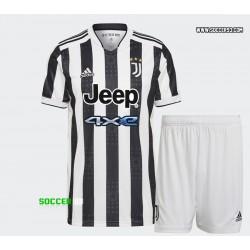 Juventus Home Kit 2021 22 of RONALDO